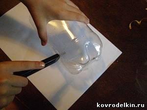 пластиковая бутылка, конверт, упаковка