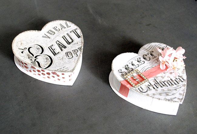 Винтажная шкатулка в форме сердца